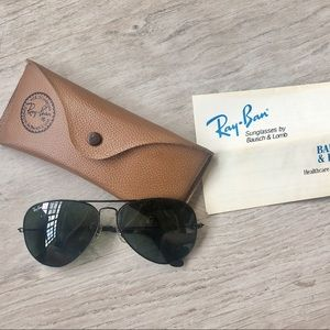 VINTAGE 1980s Ray Ban Bausch and Lomb Avaitors!!